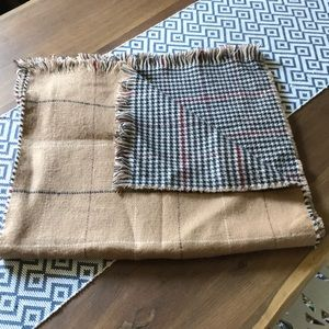 BP Reversible Houndstooth and Grid scarf